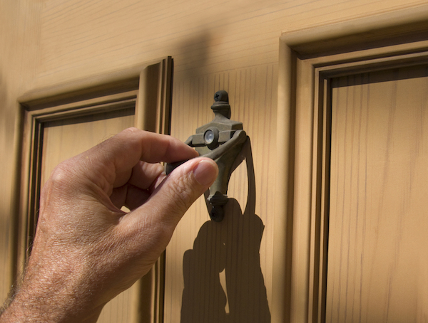 door to door home security scams